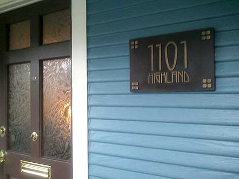 American Craftsman Address Plaque on a home